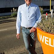NLD/Hilversum/20111104- Perspresentatie najaar 2011 / 2012 omroep Max, Henk Mouwe