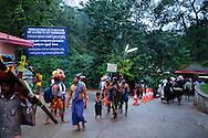 Flickor äldre än 10 år och kvinnor yngre än 50 år får ej besöka Sabrimalatemplet, Kerala, Indien.<br /> <br /> Females between age 10 and 50 are not allowed to visit the Sabarimala temple. <br /> <br /> Copyright 2016 Christina Sjögren, All Rights Reserved