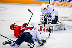 16-02-2018 KOR: Olympic Games day 7, PyeongChang<br /> Ice Hockey Russia (OAR) - Slovenia / goaltender Luka Gracnar #40 of Slovenia, forward Ilya Kablukov #29 of Olympic Athlete from Russia, defenseman Matic Podlipnik #14 of Slovenia