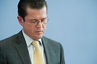 12 APR 2010, BERLIN/GERMANY:<br /> Karl-Theodor zu Guttenberg, CDU, Bundesverteidigungsminister, waehrend einer Pressekonferenz zur Vorstellung der Strukturkommission der Bundeswehr, Bundespressekonferenz<br /> IMAGE: 20100412-01-029