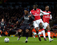 Photo: Ed Godden.<br /> Arsenal v CSKA Moscow. UEFA Champions League, Group G. 01/11/2006. Arsenal's Kolo Toure (R), challenges Vagner Love.