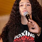 NLD/Almere/20190117 - Stare down van Boxing Influencers, Zwanetta Meyer van Temptation Island