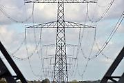 Nederland, Huissen, 3-11-2013Hoogspanningsmast met stroomkabels.Foto: Flip Franssen/Hollandse Hoogte