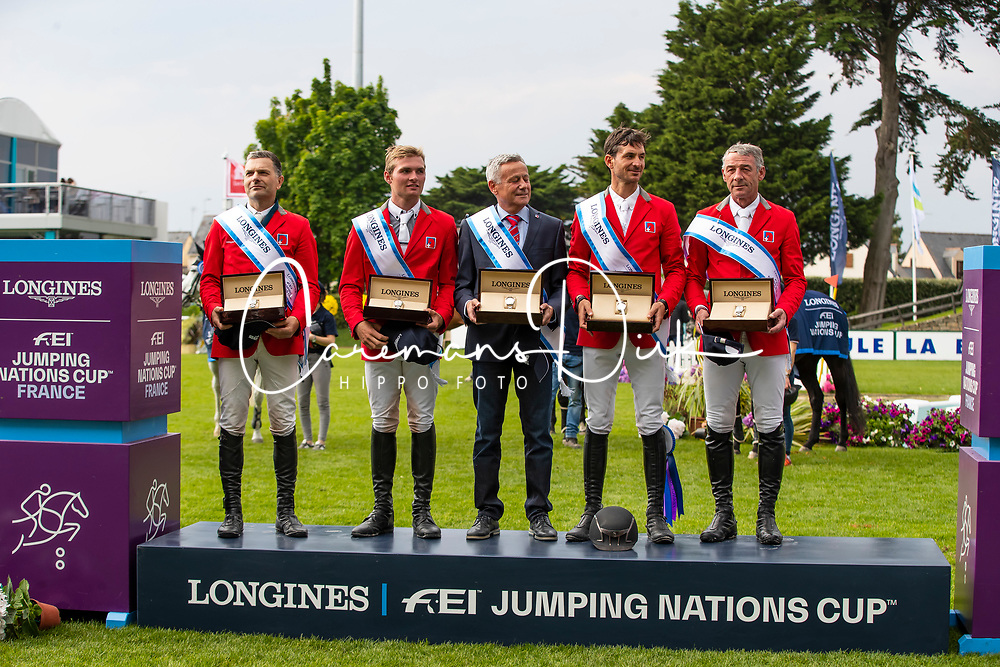 Team Switzerland, Rutchi Niklaus, Balsiger Bryan, Kistler Andy, Estermann Paul, Guerdat Steve<br /> Jumping International de La Baule 2019<br /> © Hippo Foto - Dirk Caremans<br /> 17/05/2019