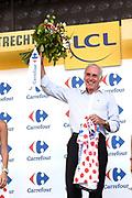 Uitreiking Gele trui na eerste etappe in Utrecht na de individuele tijdrit van 13,8 km.<br /> <br /> Presentation Yellow jersey after the first stage in Utrecht after the individual time trial of 13.8 km.<br /> <br /> Op de foto / On the photo:   Joop Zoetemelk