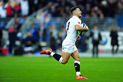 Danny Care of England celebrates his try with team-mates - Mandatory byline: Patrick Khachfe/JMP - 07966 386802 - 19/03/2016 - RUGBY UNION - Stade de France - Paris, France - France v England - RBS Six Nations.