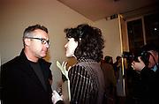 Damien Hirst and Molly Dent-Brocklehurst, Product: Richard Hamilton private view, Gagosian Gallery. London. 13 January 2003.  © Copyright Photograph by Dafydd Jones 66 Stockwell Park Rd. London SW9 0DA Tel 020 7733 0108 www.dafjones.com