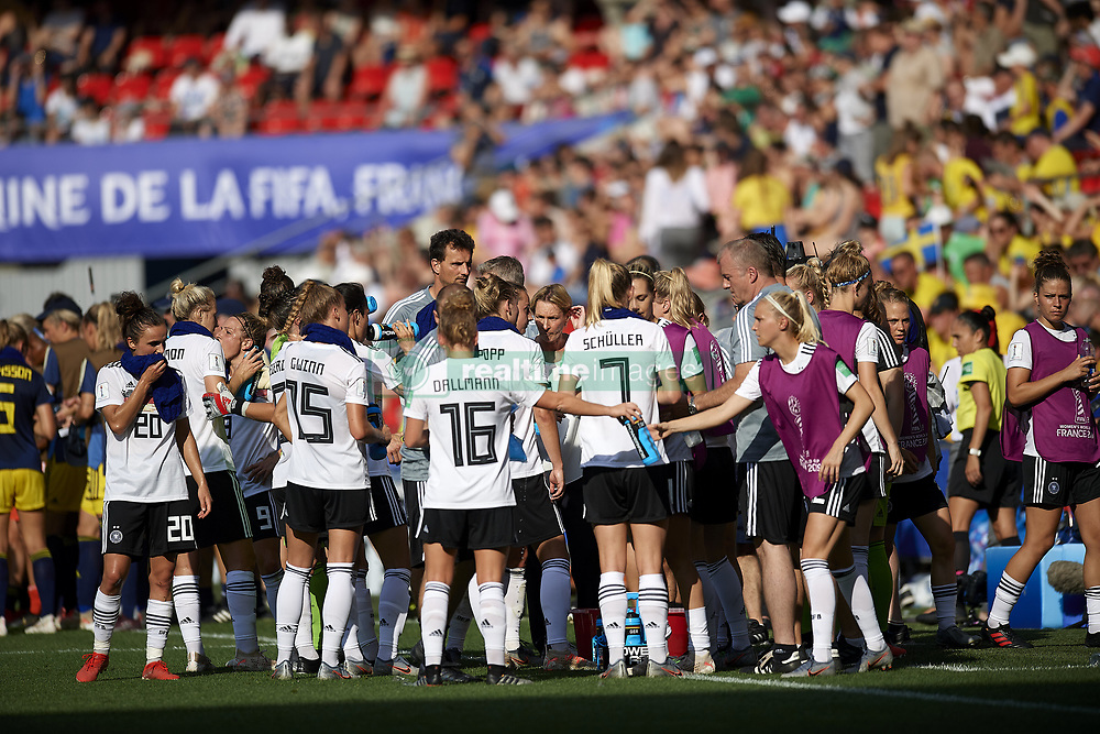 June 29, 2019 - Rennes, France - Martina Voss-Tecklenburg head coach of Germany gives instructions during cooling break the 2019 FIFA Women's World Cup France Quarter Final match between Germany and Sweden at Roazhon Park on June 29, 2019 in Rennes, France. (Credit Image: © Jose Breton/NurPhoto via ZUMA Press)