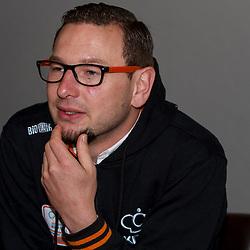 PAPENDAL: Wielrennen: Persmoment baanselectie KNWU: Papendal<br /> Rene Wolff heeft vertrouwen in zijn sprintselectie die komende week aan het WK Baanwielrennen in Parijs<br /> NOVUM COPYRIGHT NAAM Sportfoto.nl