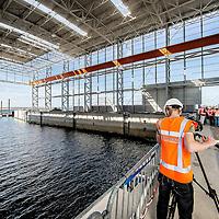 Nederland, Rotterdam, Maasvlakte, 23 september 2016.<br /> Sif Roermond bouwt nieuwe assemblagefabriek op Maasvlakte.<br /> Sif Group is leidend in offshore funderingen voor windturbines en olie- en gasplatformen.<br /> <br /> The Netherlands, Rotterdam, Maasvlakte, September 23 2016.<br /> Sif Roermond builds a new assembly plant at Maasvlakte.<br /> Sif Group is leading in offshore foundations for wind turbines and oil & gas platforms. <br /> <br /> Foto: Jean-Pierre Jans