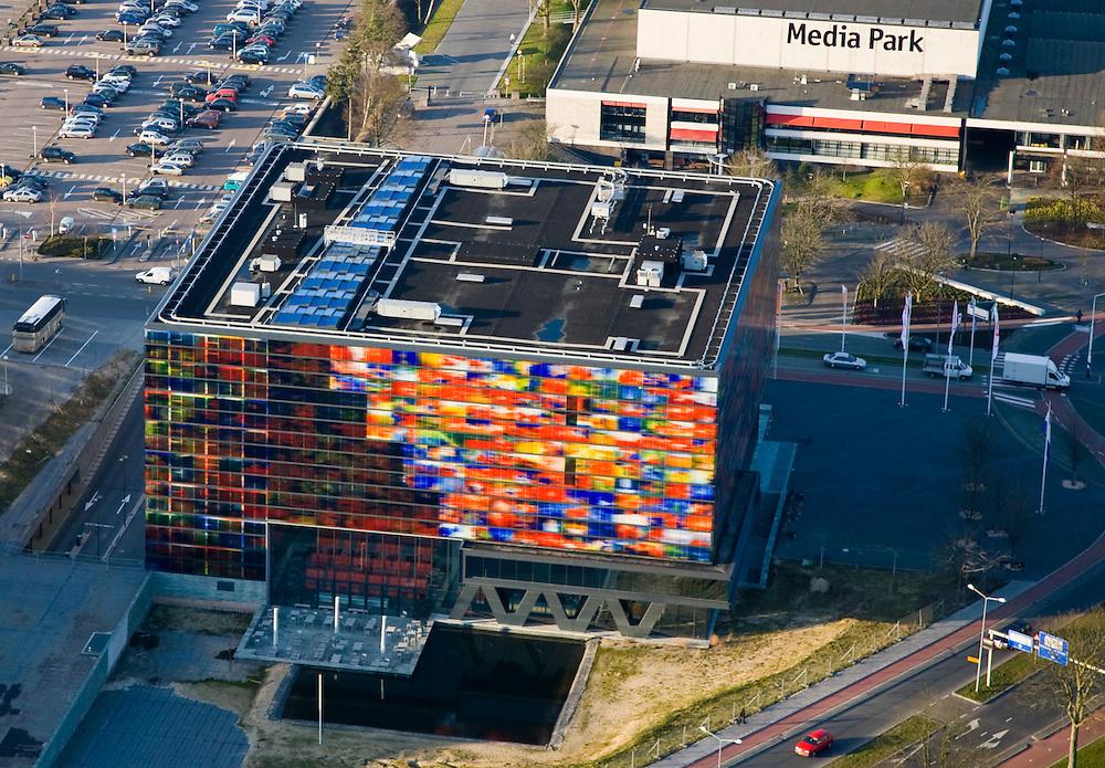 Nederland, Noord-Holland, Hilversum, 11-02-2008; mediapark met instituut voor beeld en geluid; media, tv, radio, ***..luchtfoto (toeslag); aerial photo (additional fee required); .foto Siebe Swart / photo Siebe Swart