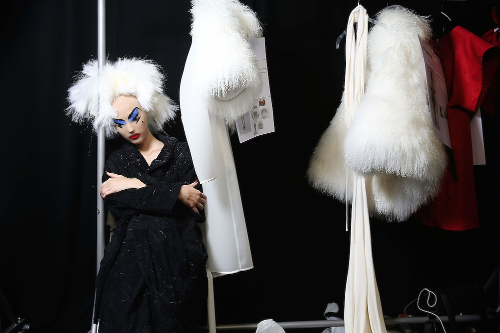 Gareth Pugh Backstage on  Day 2 of London Fashion Week in London 19. September 2015.<br /> Photos Ki Price