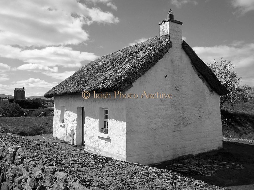 Irish Thatched Cottage, Kinvarra. Galway  c.1800,
