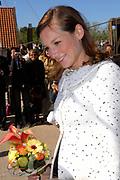 Koninginnedag 2007 in het vestingsstadje Woudrichem / Queensday 2007 in the small village Woudrichem.<br /> <br /> Op de foto / On the Photo; Prinses Aimee