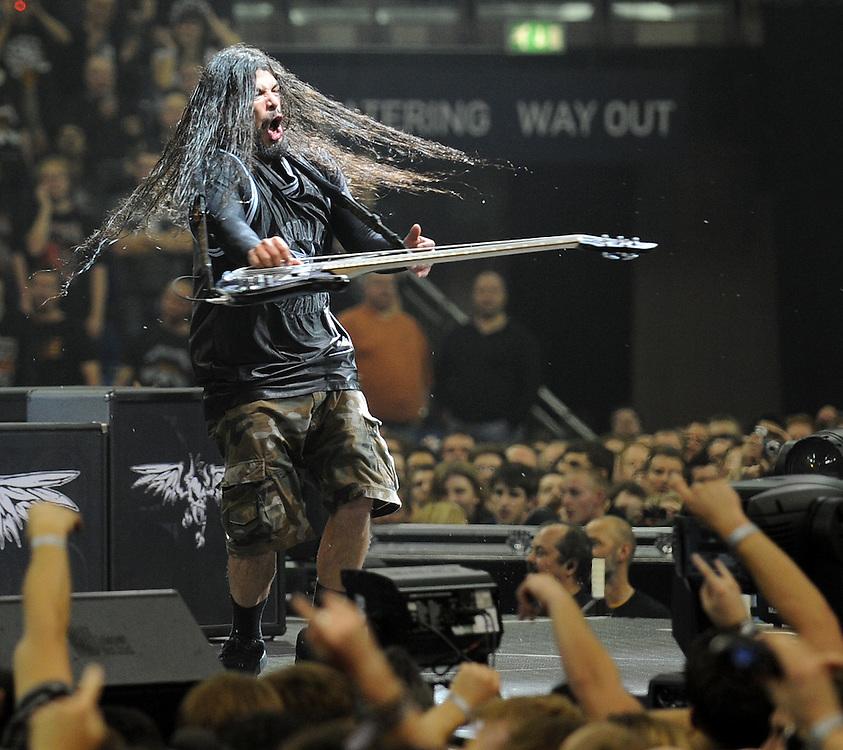 Metallica  Live at the 02  Monday Night <br /> Bass  Robert Trujillo<br /> Pix Dave Nelson