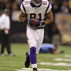 Jan 24, 2010; New Orleans, LA, USA; Minnesota Vikings tight end Visanthe Shiancoe (81) on the field during warm ups before kickoff of a overtime victory by New Orleans Saints over the Minnesota Vikings in the 2010 NFC Championship game at the Louisiana Superdome. Mandatory Credit: Derick E. Hingle-US PRESSWIRE