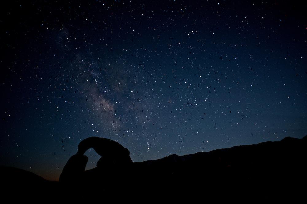 Mobias Arch beneath the Milky Way 12:57am