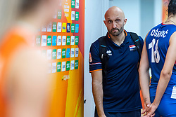 19-10-2018 JPN: Semi Final World Championship Volleyball Women day 20, Yokohama<br /> Serbia - Netherlands / Coach Jamie Morrison of Netherlands