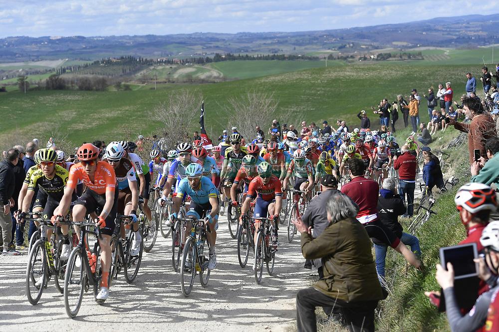 March 9, 2019 - Siena, Italia - Foto LaPresse - Fabio Ferrari.09 Marzo 2019 Siena (Italia).Sport Ciclismo.Strade Bianche 2019 - Gara uomini - da Siena a Siena - 184 km (114,3 miglia).Nella foto: durante la gara...Photo LaPresse - Fabio Ferrari.March, 09 2019 Siena (Italy) .Sport Cycling.Strade Bianche 2018 - Men's race - from Siena to Siena - 184 km (114,3 miles).In the pic: during the race. (Credit Image: © Fabio Ferrari/Lapresse via ZUMA Press)