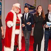 NLD/Hilversum/20151207- Sky Radio's Christmas Tree for Charity, Jury Fred van leer, Nance Coolen en Pascal Koenen en Quinty Trustfull