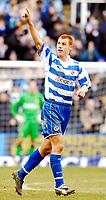 Photo: Alan Crowhurst.<br />Reading v Aston Villa. The Barclays Premiership. 10/02/2007. Reading's Steve Sidwell celebrates his second goal 2-0.