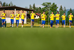 25.05.2012, Sportplatz, Walchsee, AUT, UEFA EURO 2012, Trainingscamp, Ukraine, Training, im Bild Evgen Seleznev, (UKR), Aleksandr Aliev, (UKR), Anatoliy Tymoshchuk, (UKR), Andriy Shevchenko, (UKR), Oleksandr Kucher, (UKR), Andriy Pyatov, (UKR), Maksim Koval, (UKR), Artem Milevskiy, (UKR), Andriy Voronin, (UKR), Oleg Gusev, (UKR) // Evgen Seleznev, (UKR), Aleksandr Aliev, (UKR), Anatoliy Tymoshchuk, (UKR), Andriy Shevchenko, (UKR), Oleksandr Kucher, (UKR), Andriy Pyatov, (UKR), Maksim Koval, (UKR), Artem Milevskiy, (UKR), Andriy Voronin, (UKR), Oleg Gusev, (UKR) during the first Trainingssession of Ukraine National Footballteam for preparation UEFA EURO 2012 at the Stadium, Walchsee, Austria on 2012/05/25. EXPA Pictures © 2012, PhotoCredit: EXPA/ Juergen Feichter