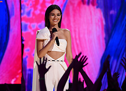 LOS ANGELES - AUGUST 13: Victoria Justice onstage at FOX's 'Teen Choice 2017' at the Galen Center on August 13, 2017 in Los Angeles, California. (Photo by Frank Micelotta/FOX/PictureGroup) *** Please Use Credit from Credit Field ***