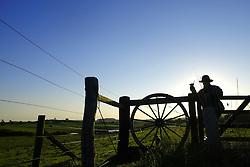 Nascer do sol nos campos de Encruzilhada do Sul, a 160 Km de Porto Alegre. FOTO: Jefferson Bernardes/Preview.com