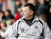 Photo: Matt Bright/Richard Lane Photography. <br />Stockport County v Darlington. Coca Cola Divison Two. 05/04/2008. Losing manager Dave Penney