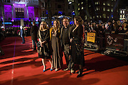 TIMOTHY SPALL, + SHANE, PASCALL AND SADIE. European Film premiere of Sweeny Todd,  Odeon Leicester Sq. and party afterwards at the Royal Courts of Justice. 10 January 2008. -DO NOT ARCHIVE-© Copyright Photograph by Dafydd Jones. 248 Clapham Rd. London SW9 0PZ. Tel 0207 820 0771. www.dafjones.com.