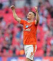 Blackpool's Jerry Yates celebrates at the end of the match<br /> <br /> Photographer Rob Newell/CameraSport<br /> <br /> The EFL Sky Bet League One Play-Off Final - Blackpool v Lincoln City - Sunday 30th May 2021 - Wembley Stadium - London<br /> <br /> World Copyright © 2021 CameraSport. All rights reserved. 43 Linden Ave. Countesthorpe. Leicester. England. LE8 5PG - Tel: +44 (0) 116 277 4147 - admin@camerasport.com - www.camerasport.com