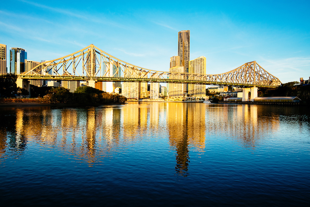 Early summer morning light on the Story Bridge and Brisbane city.
