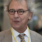 NLD/Utrecht/20200214 - Bn'ers zoeken echt contact met reizigers, Roger van Boxtel