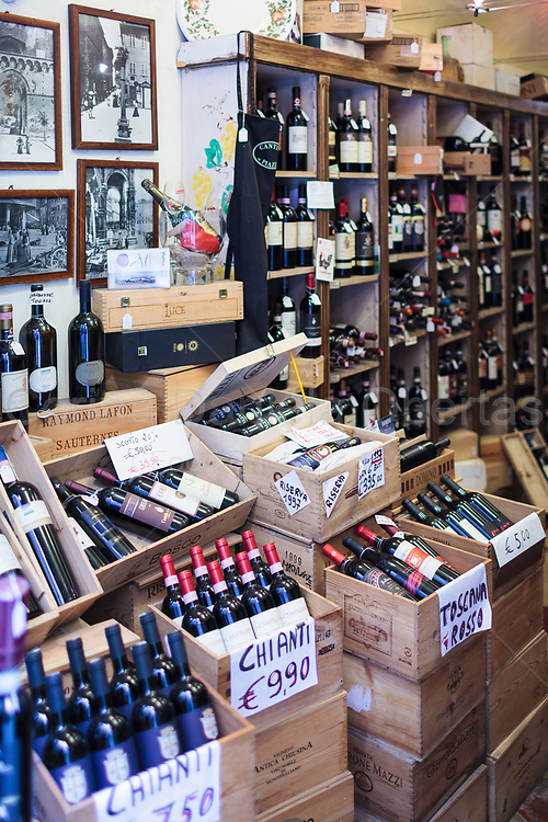 Wines shop in Florence