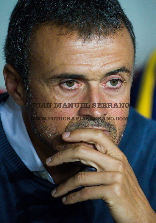 BILBAO, SPAIN - AUGUST 14:  HeadÊLuis Enrique of FC Barcelona reacts prior to the start the Super Cup first leg match between of Athletic Club and FC Barcelona at San Mames Stadium on August 14, 2015 in Bilbao, Spain.  (Photo by Juan Manuel Serrano Arce/Getty Images)