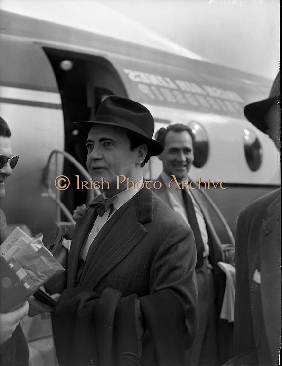 Michael Mac'Liamoir <br /> 1956  17:05