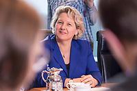 14 MAR 2018, BERLIN/GERMANY:<br /> Svenja Schulze, SPD, Bundesministerin fuer Umwelt, Naturschutz und nukleare Sicherheit, vor Beginn der ersten Sitzung des Kabinetts Merkel IV, Kabinettsaal, Bundeskanzleramt<br /> IMAGE: 20180314-02-015<br /> KEYWORDS: Kabinett, Kabinettsitzung, Sitzung,, neues Kabinett