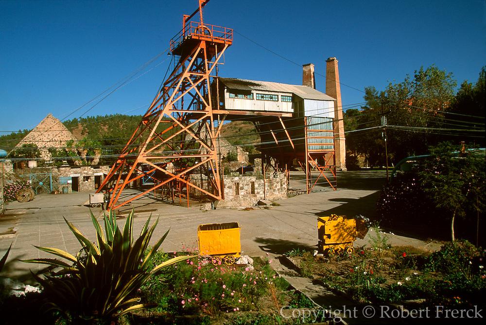 MEXICO, COLONIAL CITIES Guanajuato, La Valenciana Mine