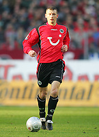 Fotball<br /> Bundesliga Tyskland 2004/2005<br /> Foto: Witters/Digitalsport<br /> NORWAY ONLY<br /> <br /> Dariusz ZURAW<br /> Fussballspieler Hannover 96
