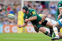 Leicester Tigers number 8 Thomas Waldrom offloads the ball - Photo mandatory by-line: Patrick Khachfe/JMP - Tel: Mobile: 07966 386802 - 08/09/2013 - SPORT - RUGBY UNION - Welford Road Stadium - Leicester Tigers v Worcester Warriors - Aviva Premiership.