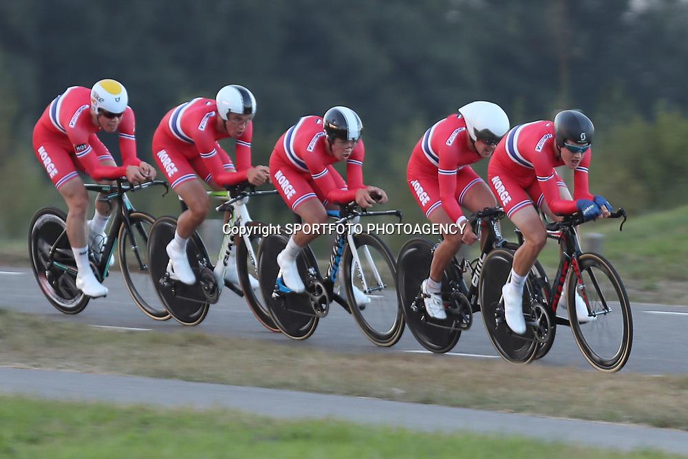 27-09-2016: Wielrennen: Olympia Tour: Hardenberg<br />HARDENBERG (NED) wielrennen<br />Nederlands oudste wielerkoers ging van start in Hardenberg met een ploegentijdrit. Norway