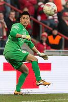 20131215 - LEUVEN, BELGIUM: Standard's goalkeeper Eiji Kawashima pictured during the Jupiler Pro League match between Standard de Liege and KRC Genk, in Liege, Sunday 15 December 2013, on the nineteenth day of the Belgian soccer championship. BELGA PHOTO JASPER JACOBS