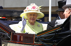 HM THE QUEEN  at the 3rd day - Ladies Day of Roayl Ascot 2006 on 22nd June 2006.<br /><br />NON EXCLUSIVE - WORLD RIGHTS