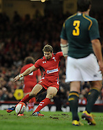 Leigh Halfpenny of Wales  kicks a penalty.Autumn International rugby, 2013 Dove men series, Wales v South Africa at the Millennium Stadium in Cardiff,  South Wales on Saturday 9th November 2013. pic by Andrew Orchard, Andrew Orchard sports photography,