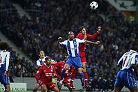 FOOTBALL - CHAMPIONS LEAGUE CUP 2003/04 - 1/4 FINAL 1ST LEG - 23/03/2004 - FC PORTO v OLYMPIQUE LYONNAIS - EDMILSON (LYON) / COSTINHA (POR) - PHOTO JEAN MARIE HERVIO / DIGITALSPORT