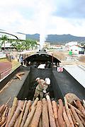 Mariana_MG, Brasil...Maria Fumaca restaurada que faz o trajeto entre Mariana e Ouro Preto..The steam locomotive, its travel  is between Mariana and Ouro Preto...Foto: LEO DRUMOND / NITRO