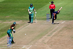 Katherine Brunt of England Women bowls at Laura Wolvaardt of South Africa Women - Mandatory by-line: Robbie Stephenson/JMP - 05/07/2017 - CRICKET - County Ground - Bristol, United Kingdom - England Women v South Africa Women - ICC Women's World Cup Group Stage