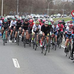 25-02-2017: Wielrennen: Vrouwen Omloop Het Nieuwsblad: Gent <br />GENT (BEL) wielrennen<br />Peloton in begin vna de koers
