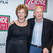 NLD/Amsterdam/20161111 - Oremière film De Zevende Hemel, frits Barend en partner Marijke van Haeften
