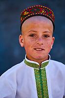 Tadjikistan, Asie centrale, Gorno Badakhshan, Haut Badakhshan, le Pamir, vallée du Wakhan, portrait d'un jeune garçon Ismaelienne // Tajikistan, Central Asia, Gorno Badakhshan, the Pamir, Wakhan valley, Ismaeli boy portrait